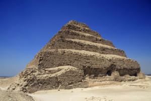 Egypte, le Caire, la pyramide de Saqqara