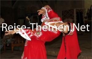 usbekische-folklore-copyright-karsten-thilo-ra_470