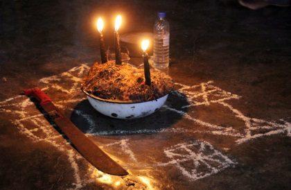 Voodoo beim Schamanen Edward - Copyright Karsten-Thilo Raab