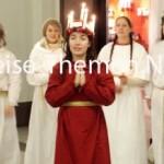 Lichterköniginnen verbreiten Weihnachtsglanz