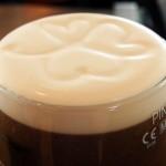 Ein Stück Irland mit weißem Schaumkragen